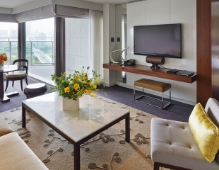 Palace-Hotel-Tokyo-F-Executive-Suite-Living-Room