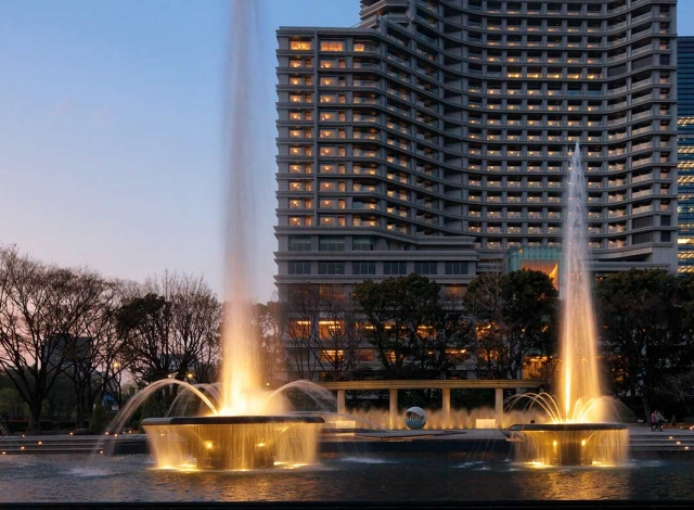 Palace-Hotel-Tokyo-F-Exterior-Wadakura-Fountain